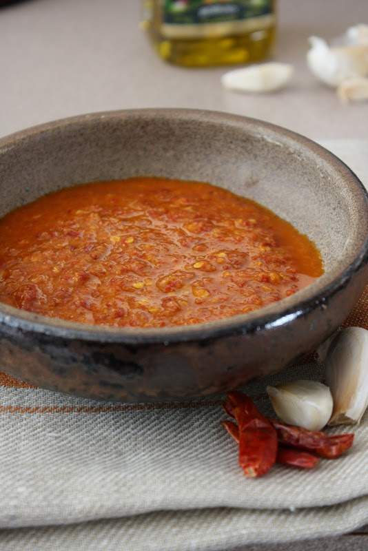 How to Make Harissa
