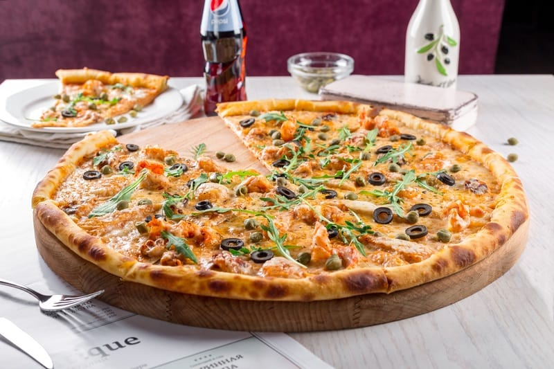 5 Best Pizza Stones For that Perfect Crust in 2020