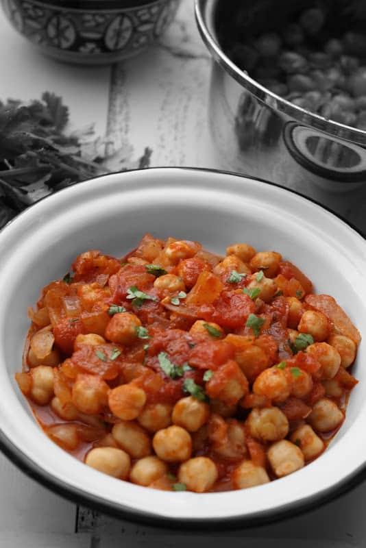 Spicy Stewed Chickpeas